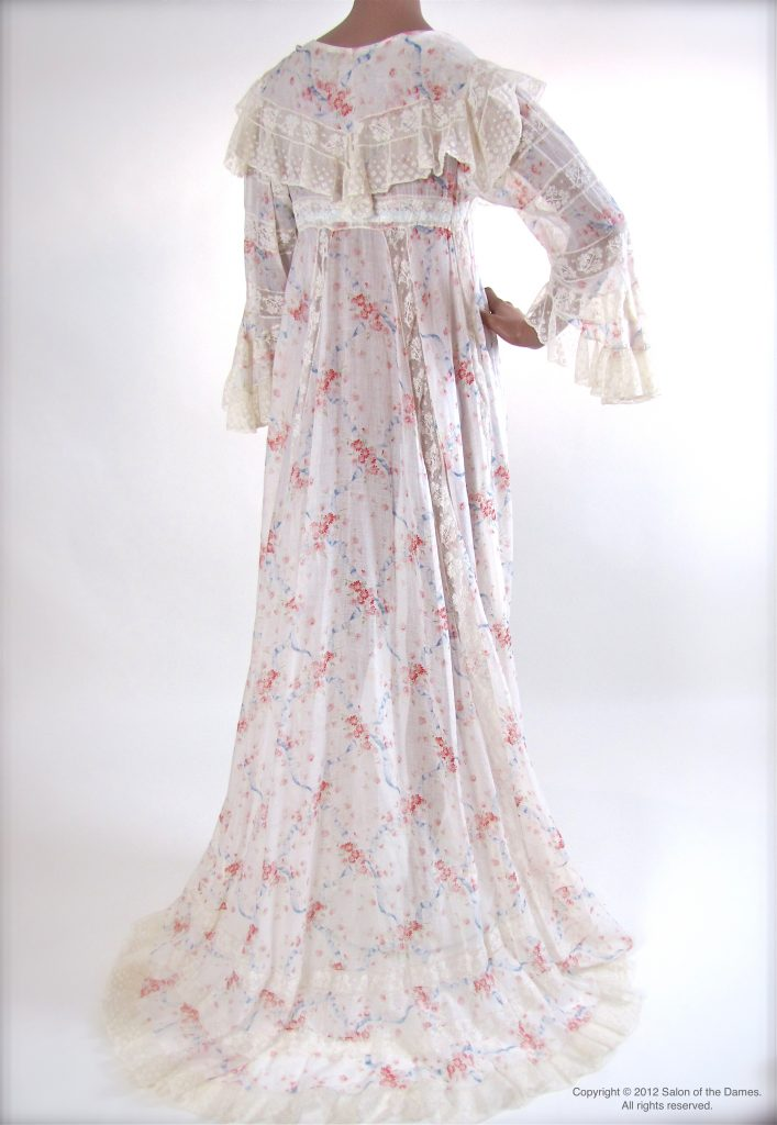 Victorian Era French Batiste de Soie Dressing Gown c. 1900 | Salon ...